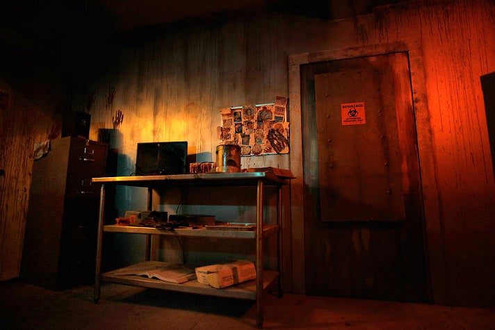 Room 1986: Zombie at Escape Hotel Hollywood