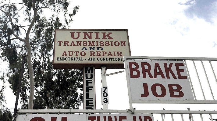 Unik Transmission in Glendale